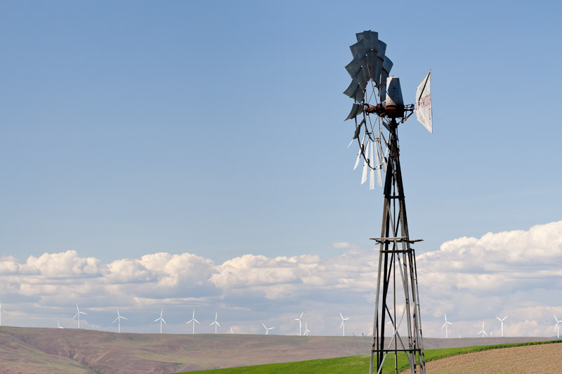 Old Windmill near Wasco, Oregon ,Credit as Kathy and Don Paulson