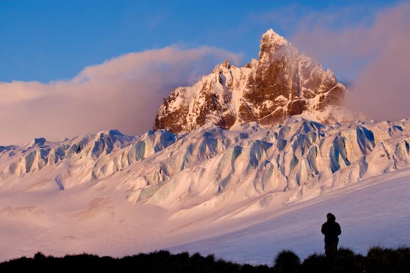 UK; South Georgia Island; Trollhul; Graae Glacier; Hiker