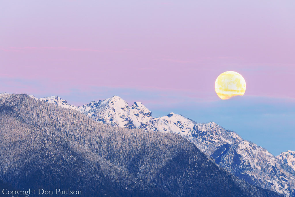 Moon over Olympic Mountains #2897