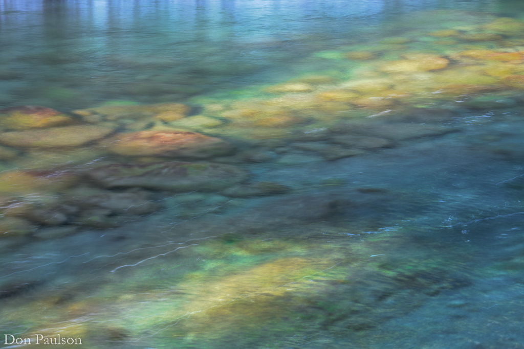 An aquamarine pool in the Sol Duc River