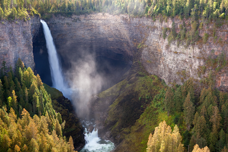 British Columbia; Wells Gray Provincial Park; Helmcken Falls